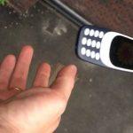 Seberapa kuat Nokia 3310 2017 menahan benturan?