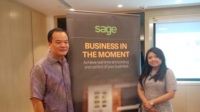 Robin Chao memperkenalkan Sage kepada media di Jakarta 27/11/2017