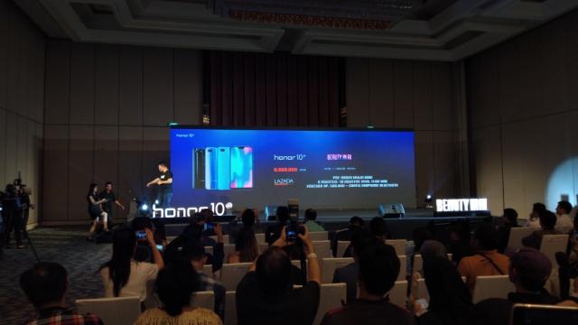 Peluncuran smartphone Honor 10